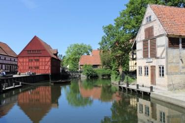 Getaway-Old-Town-Pond-Houses