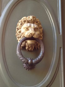 One of many many photos of fascinating doorbells & doorknockers