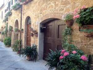 Take a stroll through picturesque Pienza...