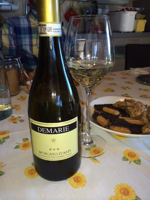 Moscato for Breakfast (Photo: Penny Sadler)