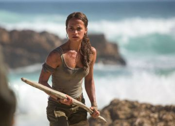 Alicia Vikander: η νέα Lara Croft δηλώνει φεμινίστρια και ικανή για blockbuster