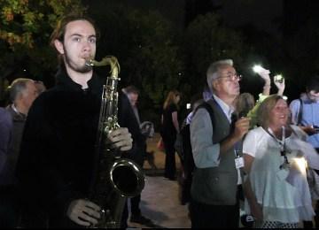 Νέστορας Βασιλάκης: Ο 17χρονος σαξοφωνίστας που μάγεψε 2.500 φίλους του Πεδίου του Άρεως