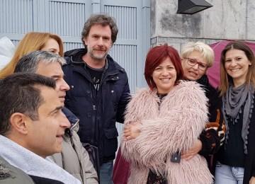 Μαριάννα Τουμασάτου και Αλέξανδρος Σταύρου στα αντίσκηνα των εργαζομένων του Mega