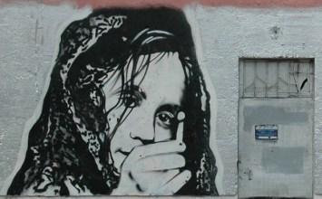 Το κοριτσάκι με τα σπίρτα: ένα παραμύθι ενσυναίσθησης ή τρόμου για παιδιά;