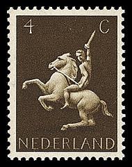 NVPH 410 1943-1944 Germaanse symbolen