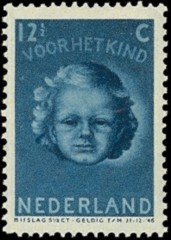 NVPH 448 - Kinderzegel 1945