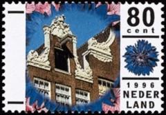 NVPH 1680 - Amsterdamse gevels met korenbloem