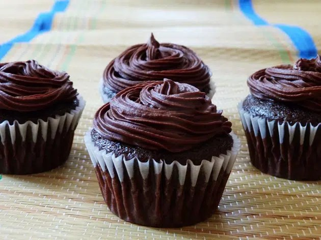 Eggless cupcakes. Image from http://ow.ly/U5HjK