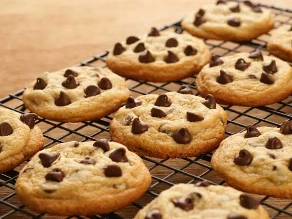 Chocolate chip cookies. Image from http://www.philly.com/philly/blogs/healthy_kids/Healthy-family-recipe-Chocolate-chip-cookies.html