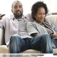 "Single Lady In Nairobi: When He Sends You Mixed Signals - The ""What Are We"" Question"