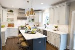 Home Improvement: 7 Décor Tips For The Kitchen