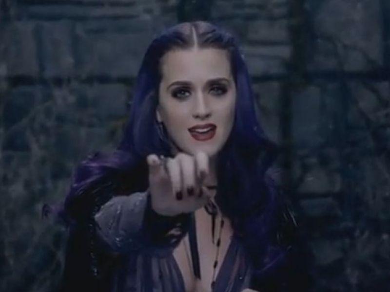 Katy Perry : Son père la compare au diable !