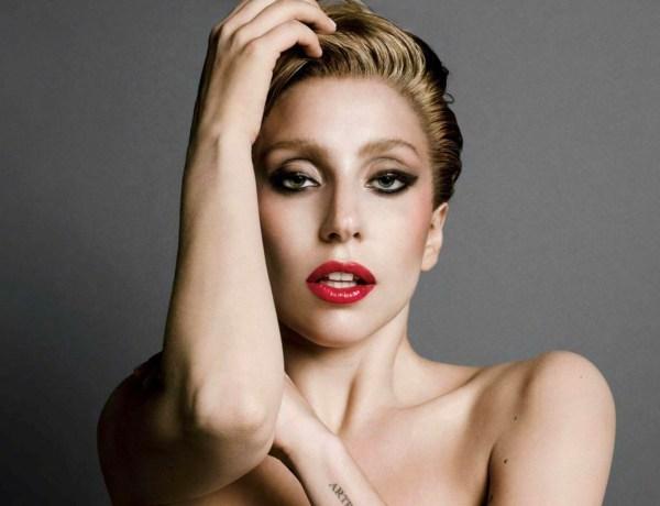 Lady Gaga en vacances fait grimper la température
