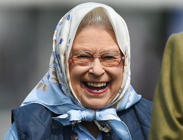La reine Elizabeth II remporte une surprenante récompense