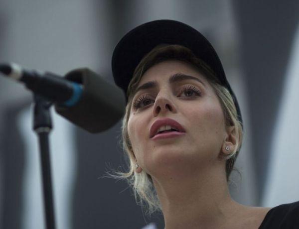 Attentat d'Orlando: Lady Gaga en larmes pour un vibrant hommage aux victimes