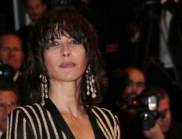 Sophie Marceau: Photographiée à son insu… seins nus!