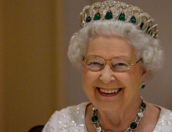 Royaume-Uni : Nouveau record pour la reine Elisabeth II