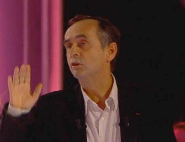 #SLT : Robert Ménard quitte le plateau et Thierry Ardisson l'insulte par téléphone