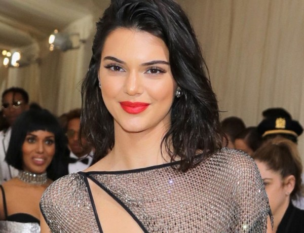 Met Gala 2017 : Kendall Jenner s'affiche presque nue