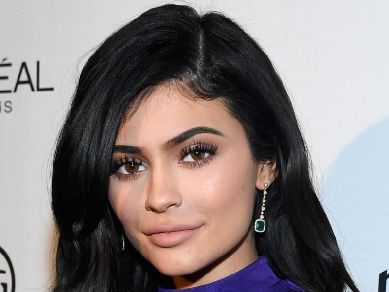 Kylie Jenner change encore de coiffure, découvrez le résultat !