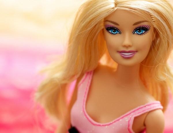 La première poupée Barbie voilée bientôt disponible !