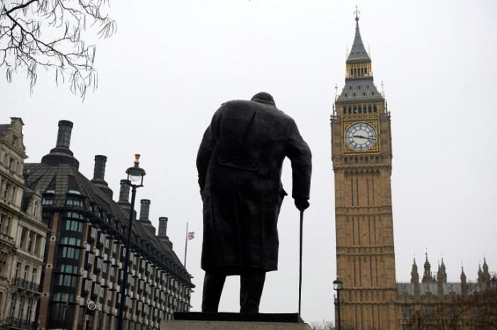 La statue de Winston Churchill à Londres, le 24 mars 2017