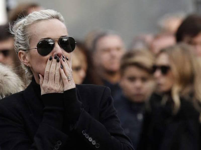 Mort de Johnny Hallyday : Laeticia Hallyday face à ses anciens démons ?