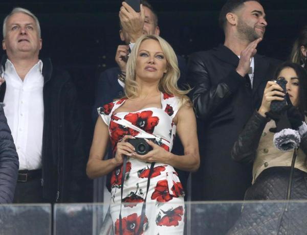 Ce milliardaire russe qui veut conquérir Pamela Anderson