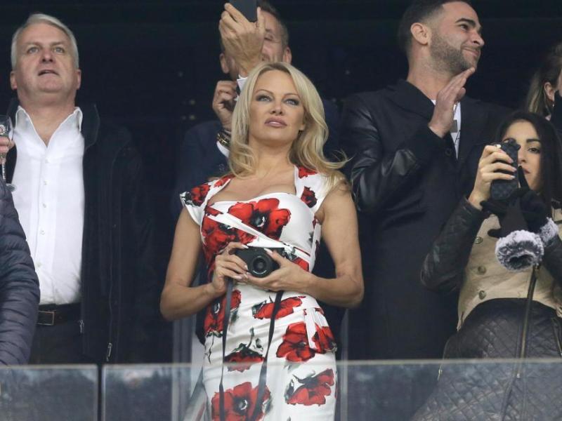 Coupe du monde 2018 : Le message sexy envoyé par Pamela Anderson aux Bleus
