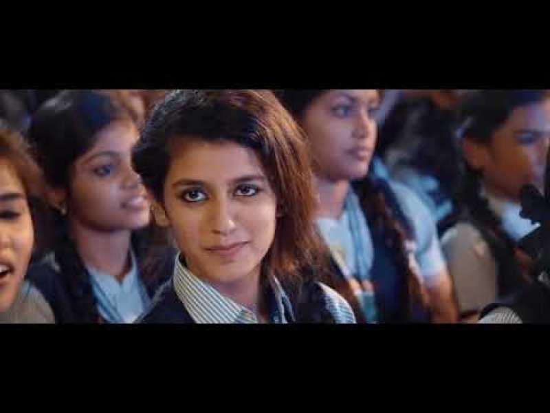 Cette jeune actrice indienne a enflammé les réseaux sociaux… en un clin d'oeil !