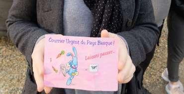 Une femme reçoit sa carte d'anniversaire 21 ans après avoir été postée