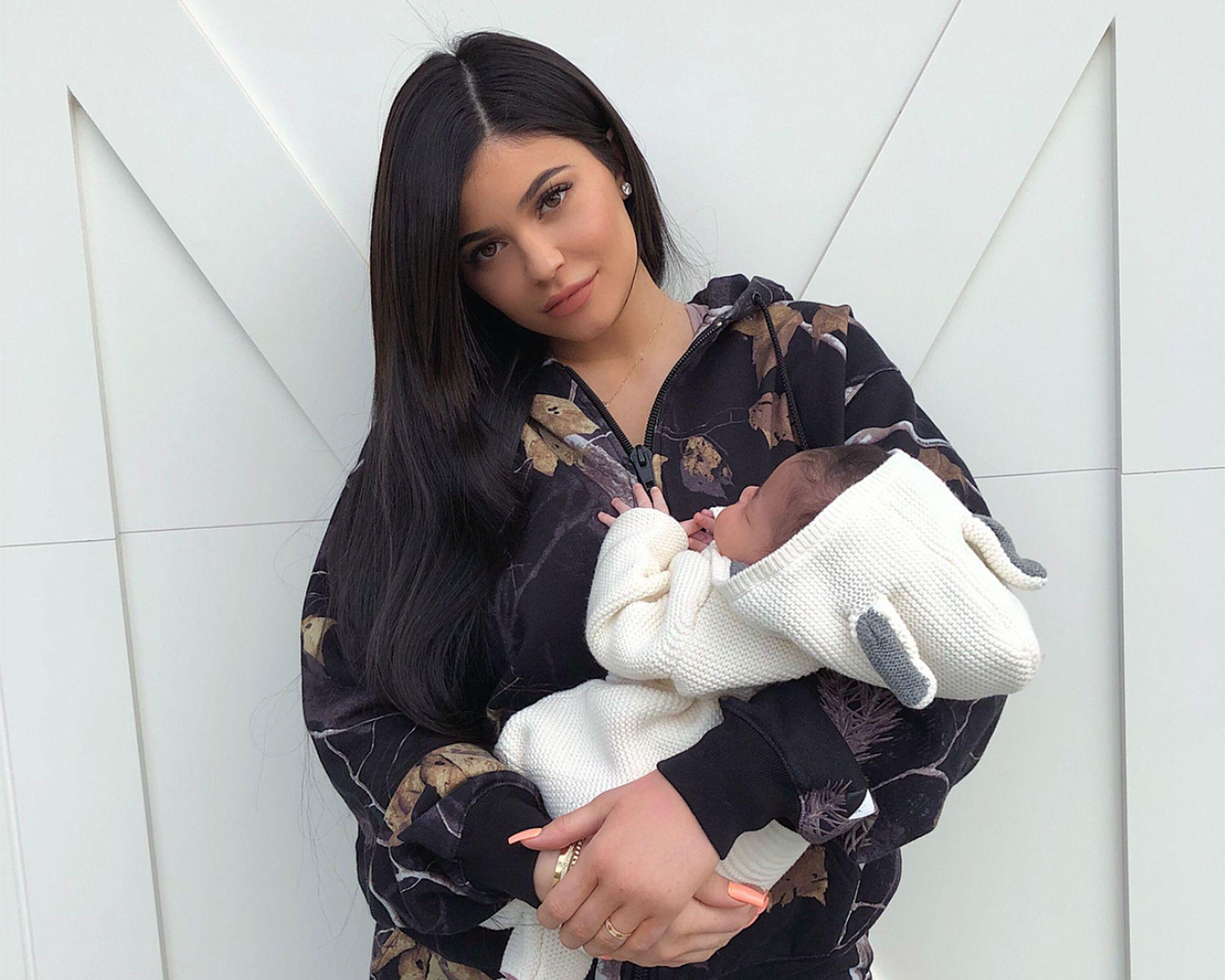 En body, Kylie Jenner et Kourtney Kardashian dévoilent leur nouveau projet