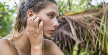 """The Island célébrités : Pour Camille Cerf, Mike Horn n'a pas été """"très indulgent"""" avec elle"""