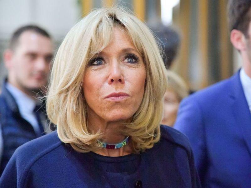 """Brigitte Macron face aux commentaires """"ignobles"""" sur son âge et son couple : Comment elle a réagi"""