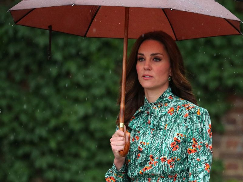 Kate Middleton : La Duchesse de Cambridge ne reprendra pas ses fonctions royales avant octobre
