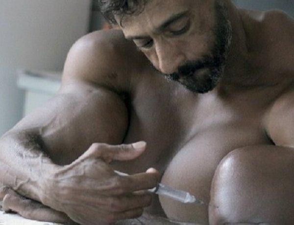 Valdir Segato : Il s'injecte de l'huile pour grossir ses muscles, le résultat est ridicule