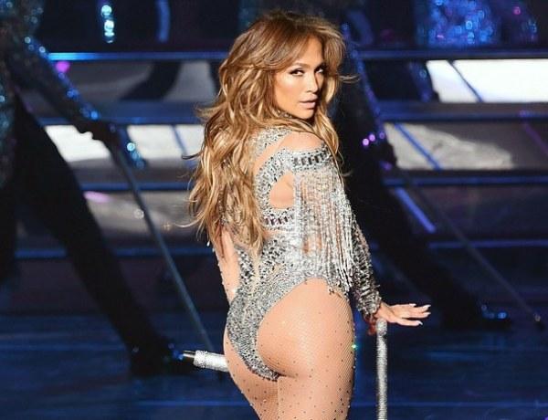 À 49 ans, Jennifer Lopez est plus sexy que jamais !