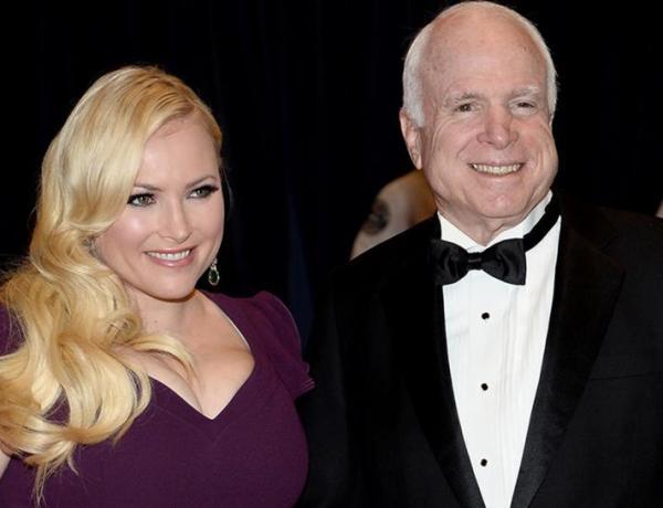Mort de John McCain : sa fille effondrée à ses funérailles