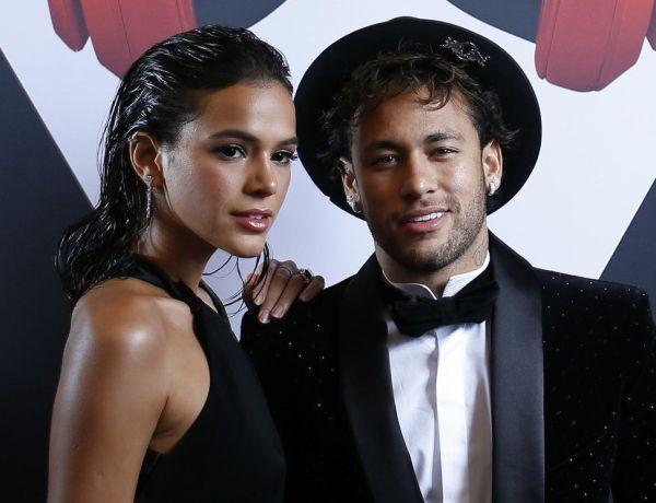 Neymar amoureux : il déclare sa flamme à sa chérie Bruna Marquezine !