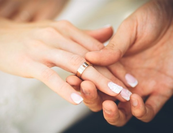 Chine : Une hôtesse de l'air licenciée après une demande en mariage