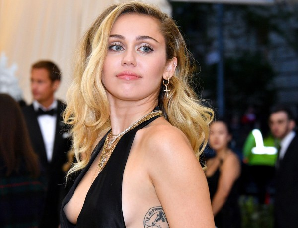 Miley Cyrus : son haut transparent enflamme la toile !