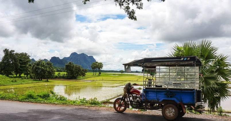 Nouveau pays: la Birmanie. Nouveau moyen de transport: le tuktuk 1