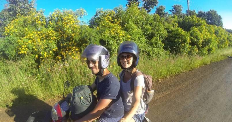 Notre nouveau compagnon pour 11 jours de road trip, à la découverte de la campagne Laotienne 1