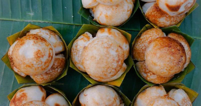 Crêpes à la coco au night market de Luang Prabang. Tout simplement Miam 1