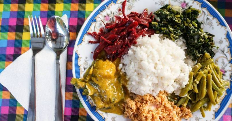 Rice and curry au Sri Lanka, la spécialité incontournable du pays. 1