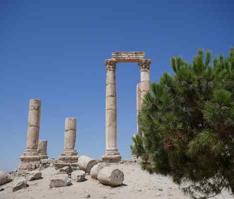 Souvenir de Jordanie. #jordanie #voyage #soleil #cielbleu #ruines #amman 15