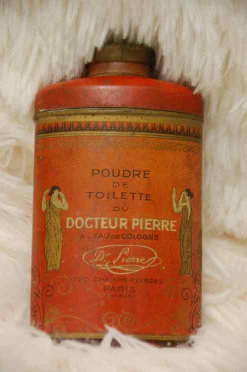 Cosmétiques - Poudre de toilette docteur Pierre