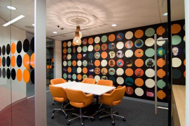 2013-modern-polkadot-meeting-room-office-interior-design-wall-decor The Most Inspiring Office Decoration Designs