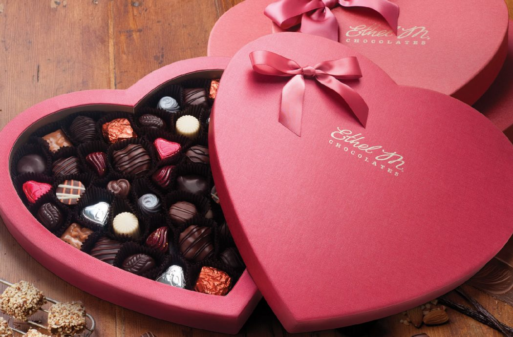 35 Most Mouthwatering Romantic Chocolate Gifts Pouted