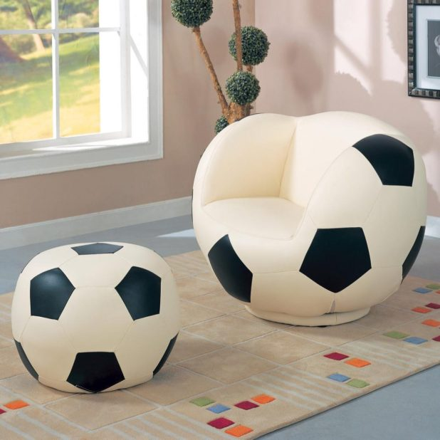 Kids_Sports_Chairs_460188-b 15 Creative giveaways ideas for kids